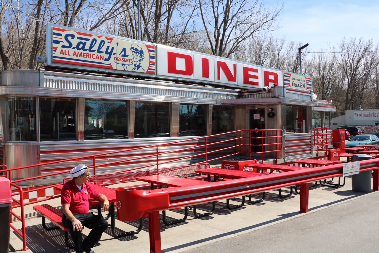 The History Of Sally S Diner Saras Ice Cream Pub